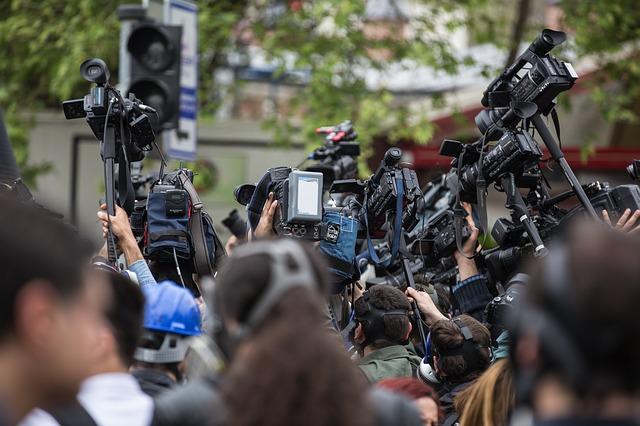 Zdjęcie główne #214 - Dziennikarze są przekupni. Wykorzystaj to!